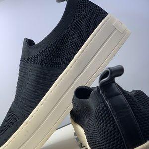 NIB J-Slides - black stretch sock fit